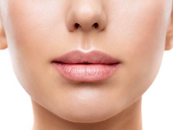 کلینیک پوست و مو-بوتاکس لب