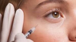 تزریق زیر چشم با کانولا