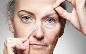 لایه برداری از صورت با استفاده از جوش شیرین